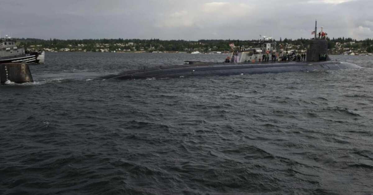 Столкновение в океане: что случилось с атомной подлодкой ВМС США | В мире |  07.10.2021 | РЕН ТВ
