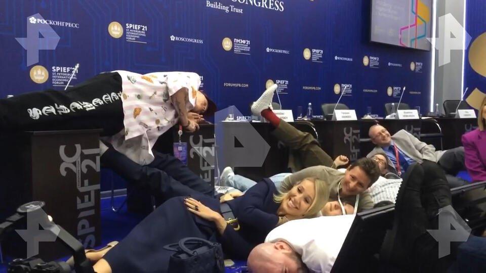 "Пушков раскритиковал Милохина за ""клоунский номер"" на ПМЭФ"