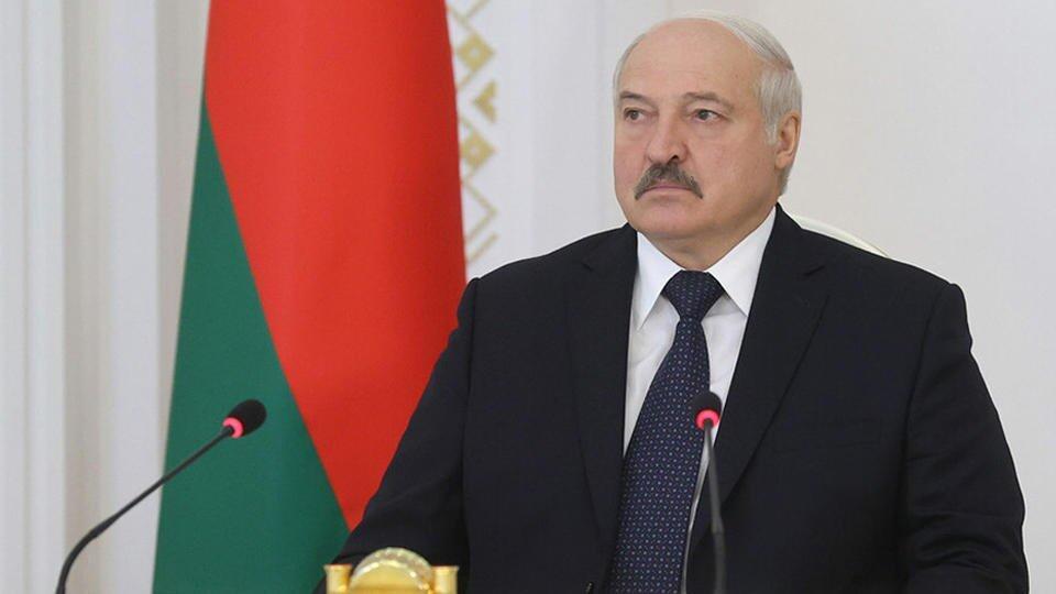 Лукашенко: Белоруссия прошла испытание на прочность народного единства
