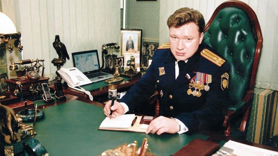 Против лжеполковника Сайманова возбудили дела о миллионных аферах