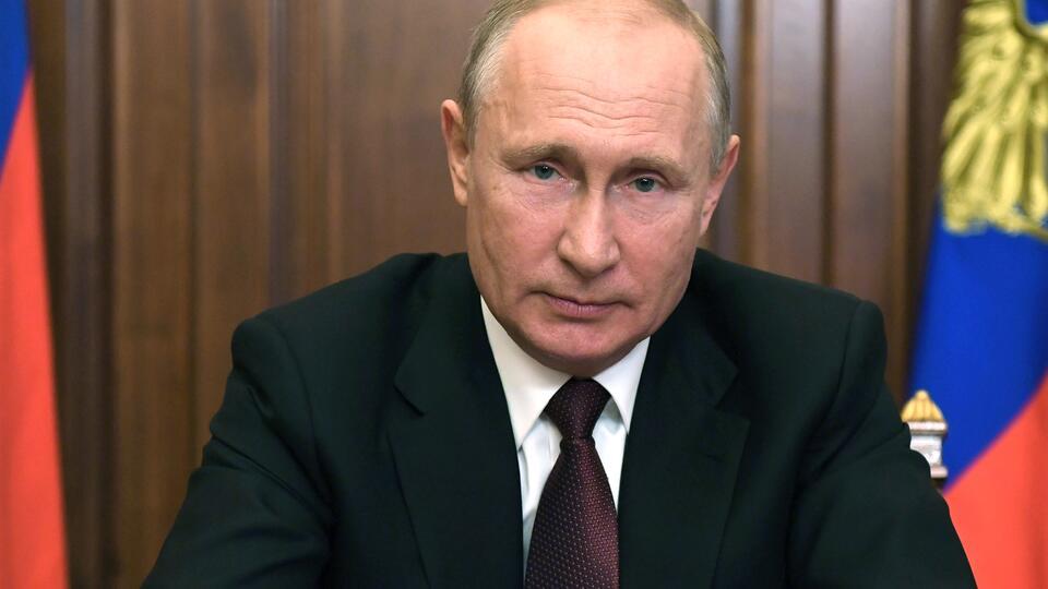 Путин о борьбе с COVID: Если потребуется, все соберем в кулак