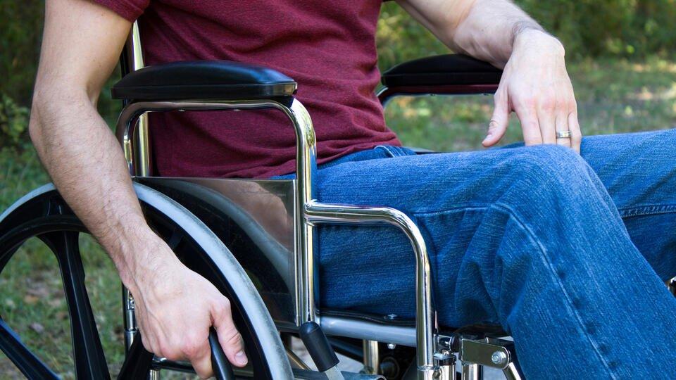Невролог назвал связанные со спазмами опасные заболевания