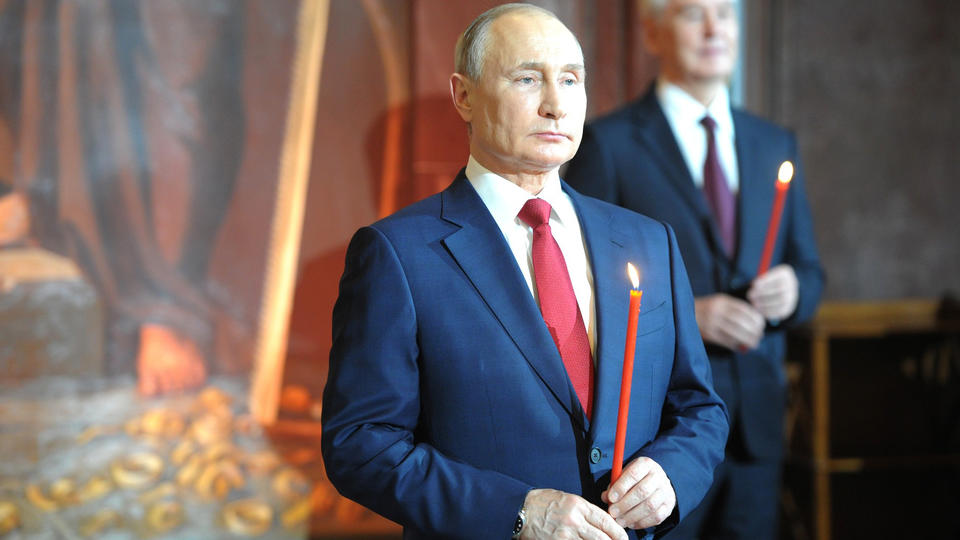 Путин поздравил всех православных христиан с Пасхой