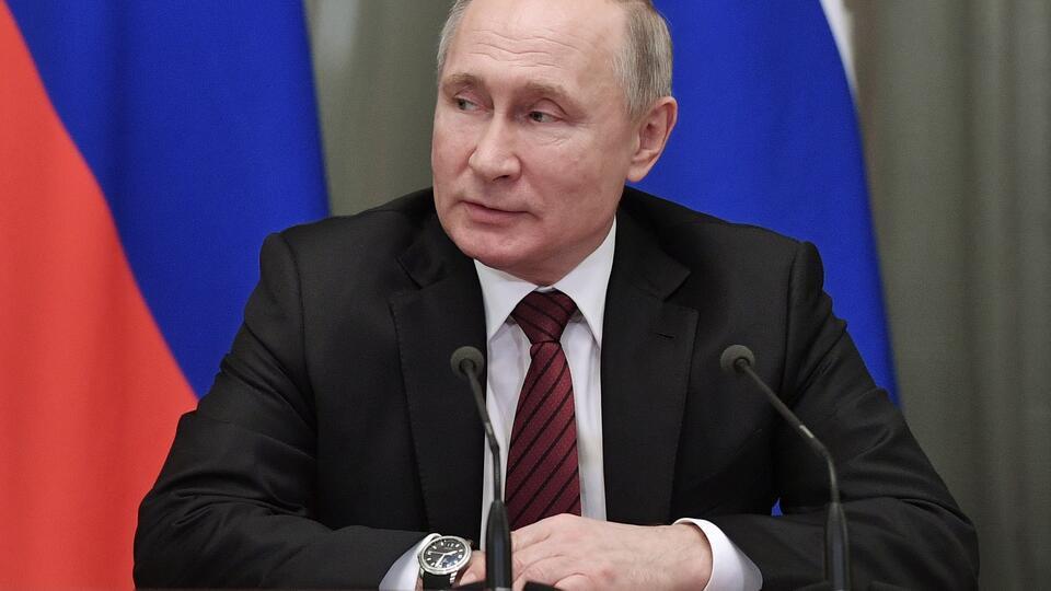 Путин поручил проверить законность приговора участнику акции 27 июля