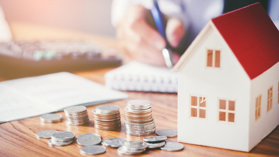 Россиянам напомнили о полагающихся заемщикам двух вычетах по ипотеке