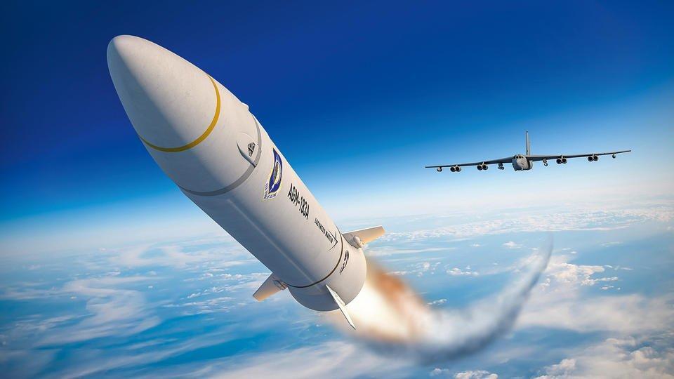 Россия опередила США в разработке гиперзвукового оружия