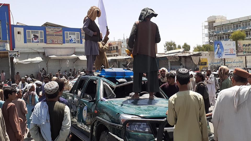 Жесткие порядки: что переживает Кабул после прихода к власти талибов
