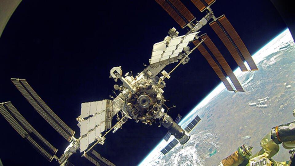 Российские космонавты рассказали, как спится в космосе