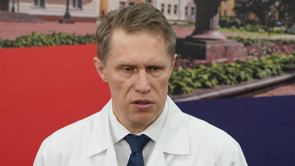 Мурашко заявил об ухудшении ситуации с коронавирусом по всему миру