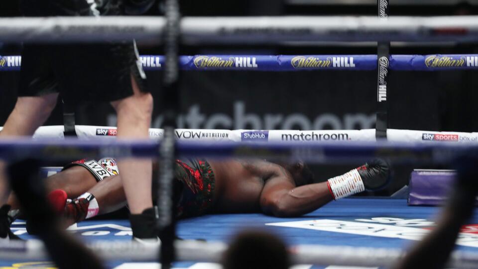 Одним ударом: Поветкин нокаутировал Уайта и готов к бою за пояс WBC