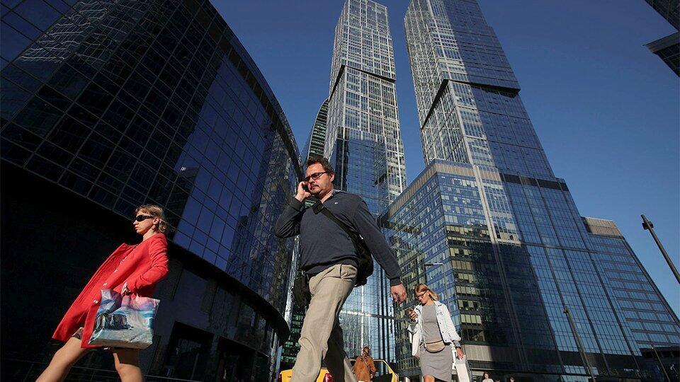 В Москве рекомендовали перевести на удаленку не менее 30% сотрудников