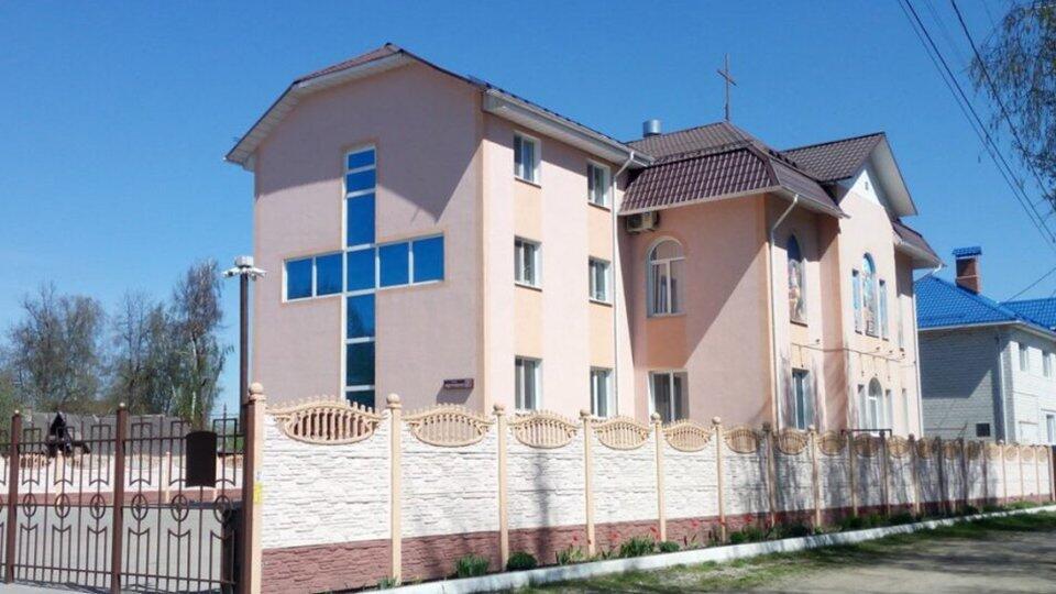 В Брянской области коронавирусом массово заразились прихожане церкви