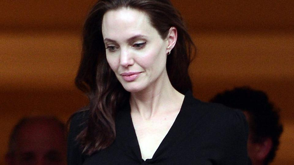 Анджелина Джоли рассказала, почему уже пять лет избегает мужчин