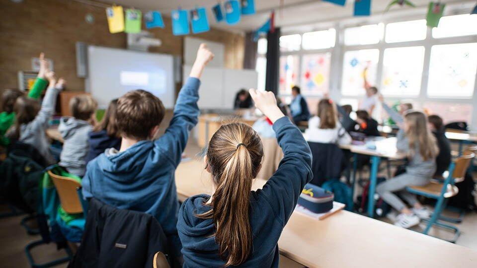 В США учителя не хотят возвращаться в школы