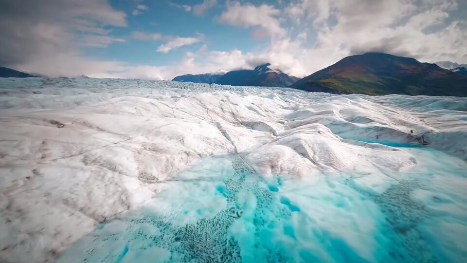 Гигантские, невидимые и смертоносные: самые знаменитые айсберги