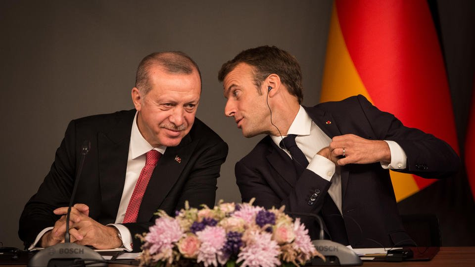 Эрдоган - Макрону: Несвязывайся сТурцией
