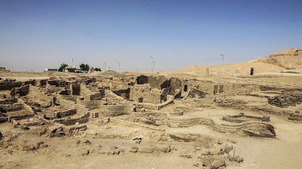 Египтолог открыл древний город фараонов