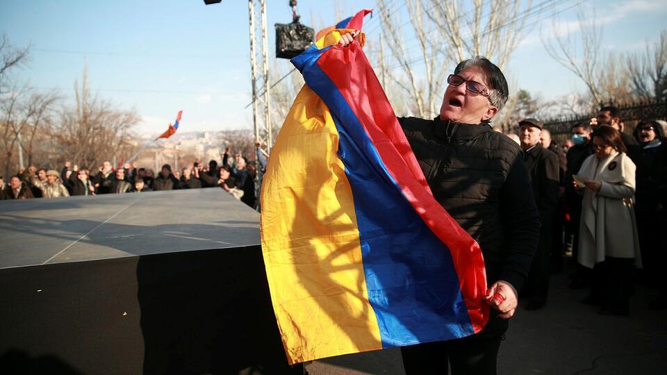 Жители армянского Агарака устроили акцию протеста против Пашиняна