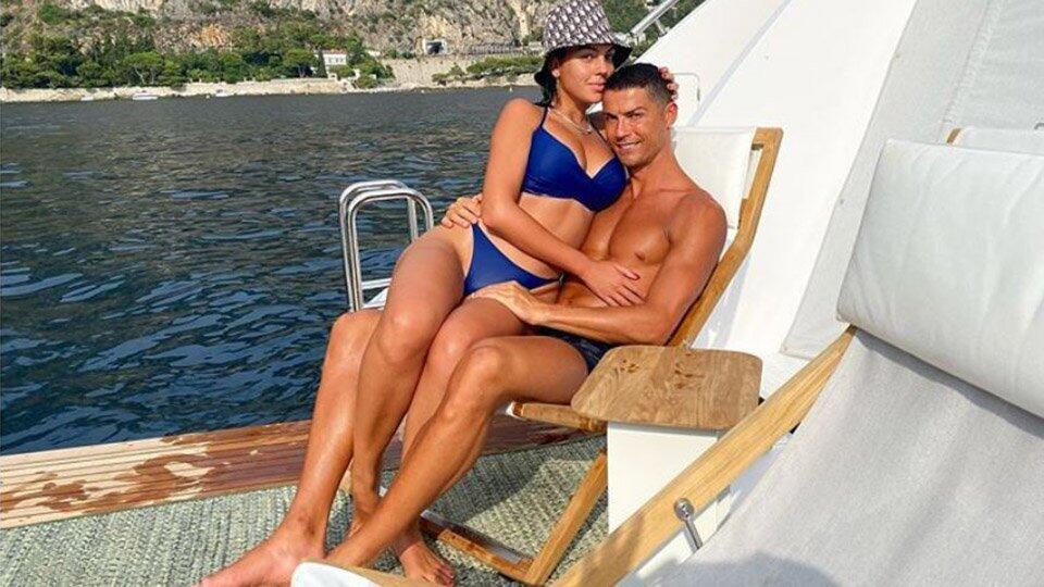 Папарацци сняли невесту Роналду в бикини на роскошной яхте