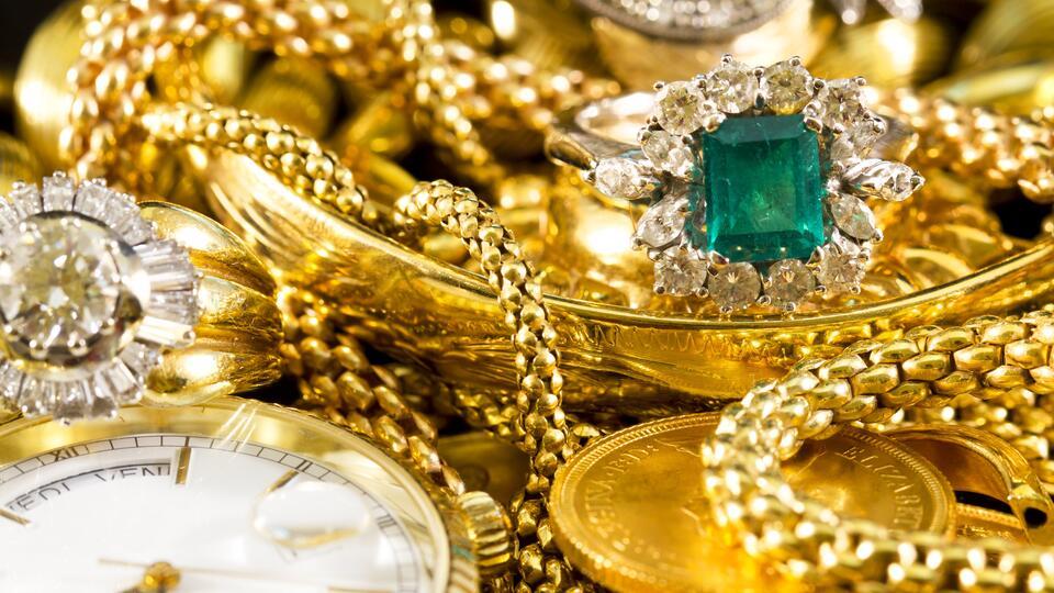 Инвестиции в драгметаллы: россияне все чаще вкладываются в золото