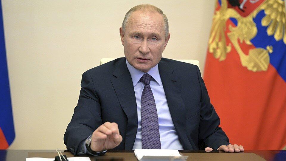 Путин объявил о регистрации первой в мире вакцины от коронавируса