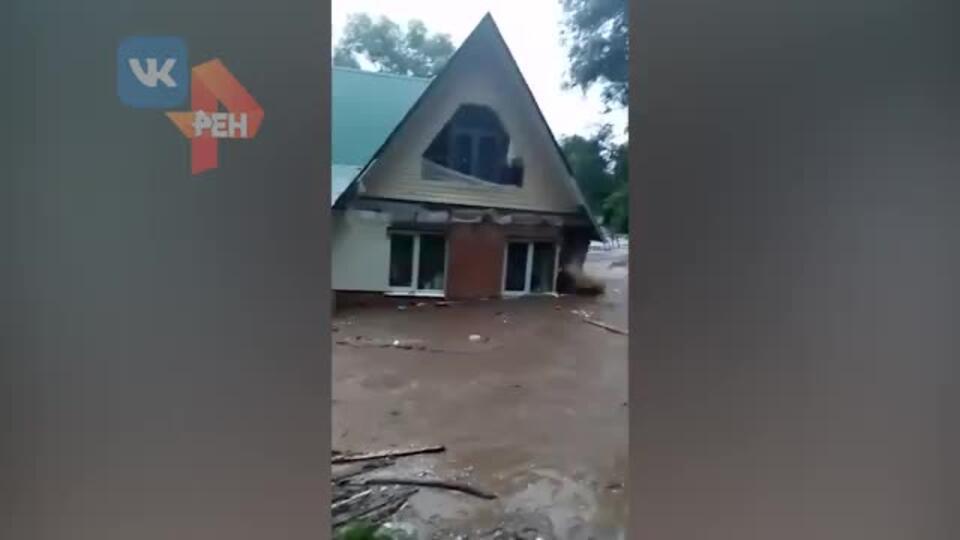Прокуроры начали проверку после подтопления домов в подмосковной Рузе