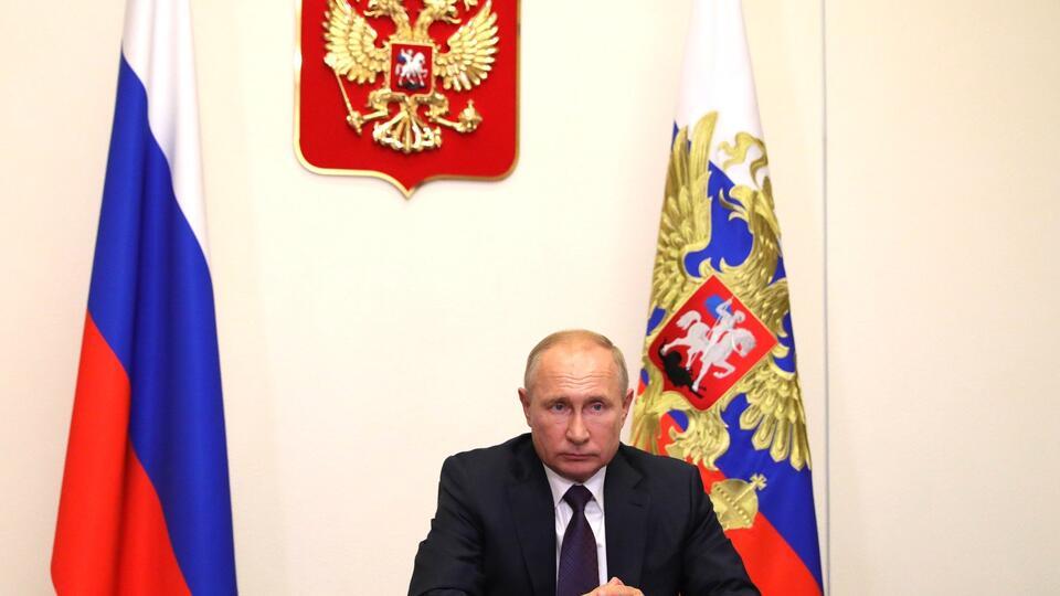 Путин поручил создать комиссию СБ по вопросам защиты от новых инфекций