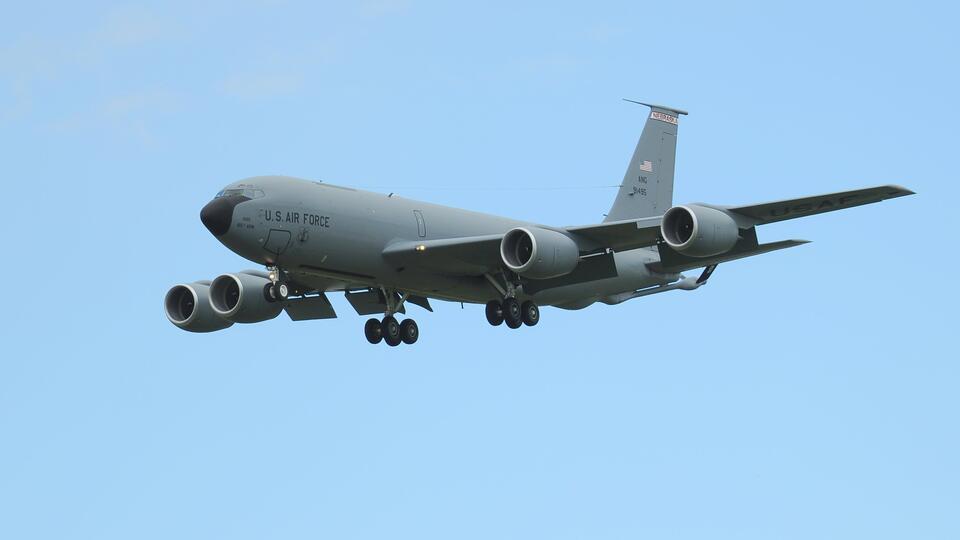 Военные самолеты США наблюдали за инцидентом с британским эсминцем