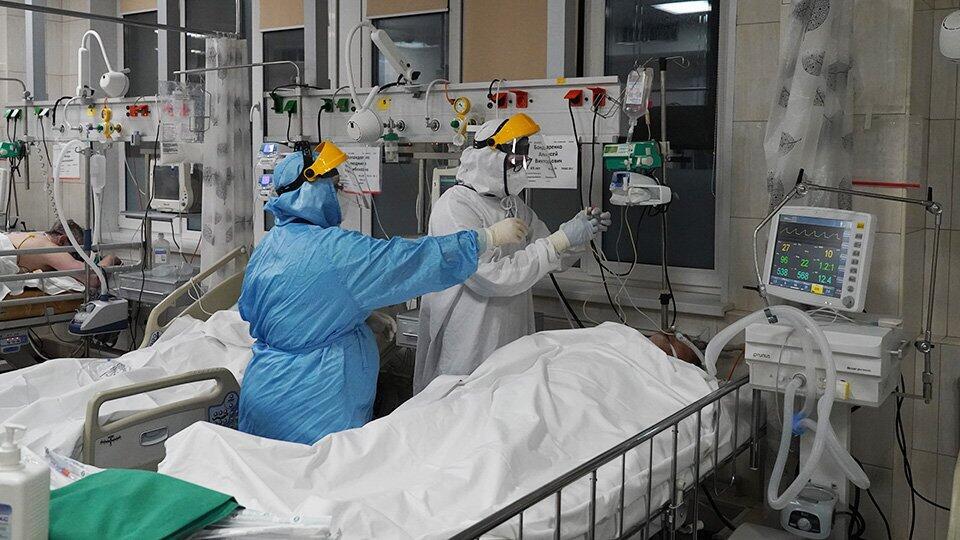 В РФ вылечили от COVID пациентку со 100% поражения легких и диабетом