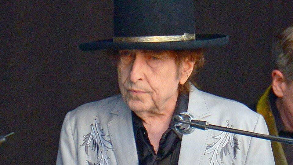 Боб Дилан продал авторские права на все свои песни