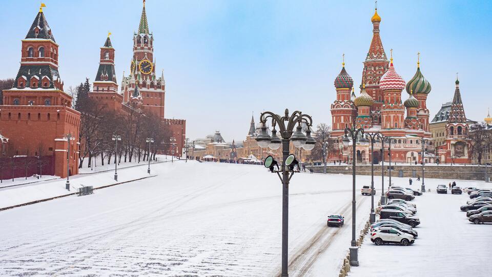 Москвичам в День защитника Отечества пообещали мороз до 17 градусов
