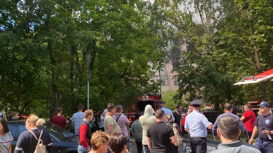 В МЧС опровергли информацию о погибшем при взрыве в доме в Москве
