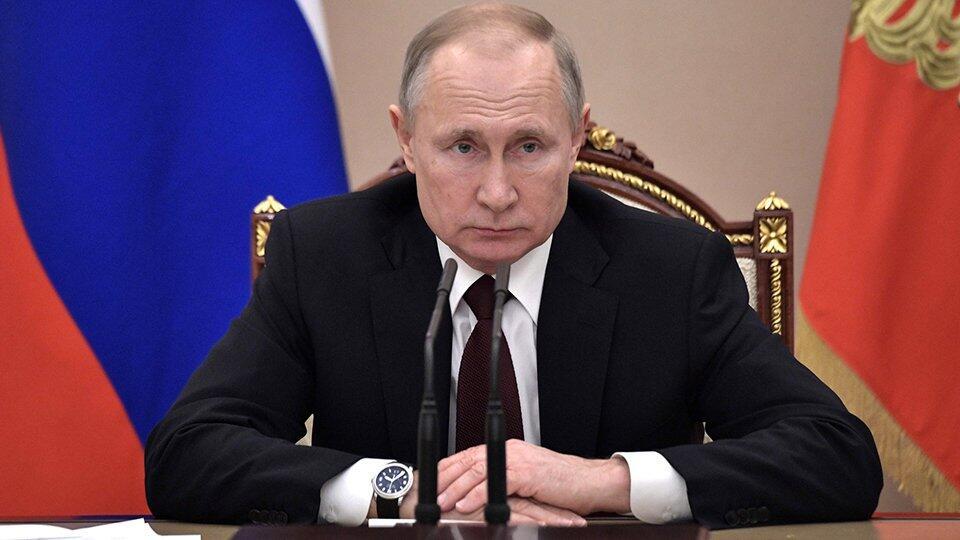 Путин попросил внимательнее анализировать экономические меры поддержки