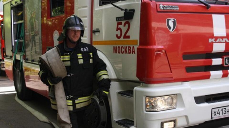 В Москве неизвестные подожгли BMW Х6 за 2 млн рублей