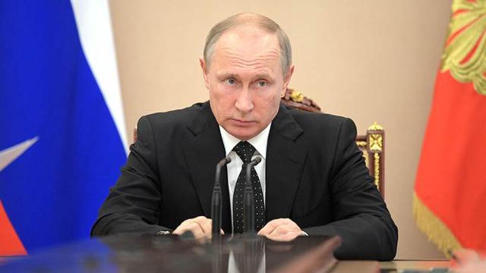 Вышли на плато: Путину доложили о ситуации с коронавирусом