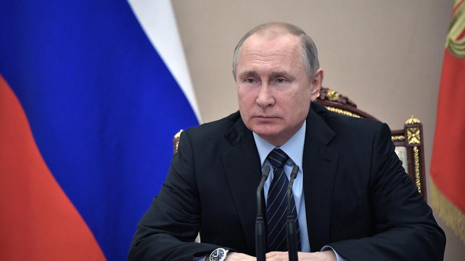 Путин подписал закон об ужесточении наказания за оскорбление ветеранов