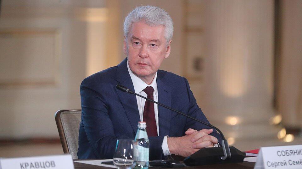Собянин: Число выявляемых случаев COVID в Москве снизилось в 10 раз