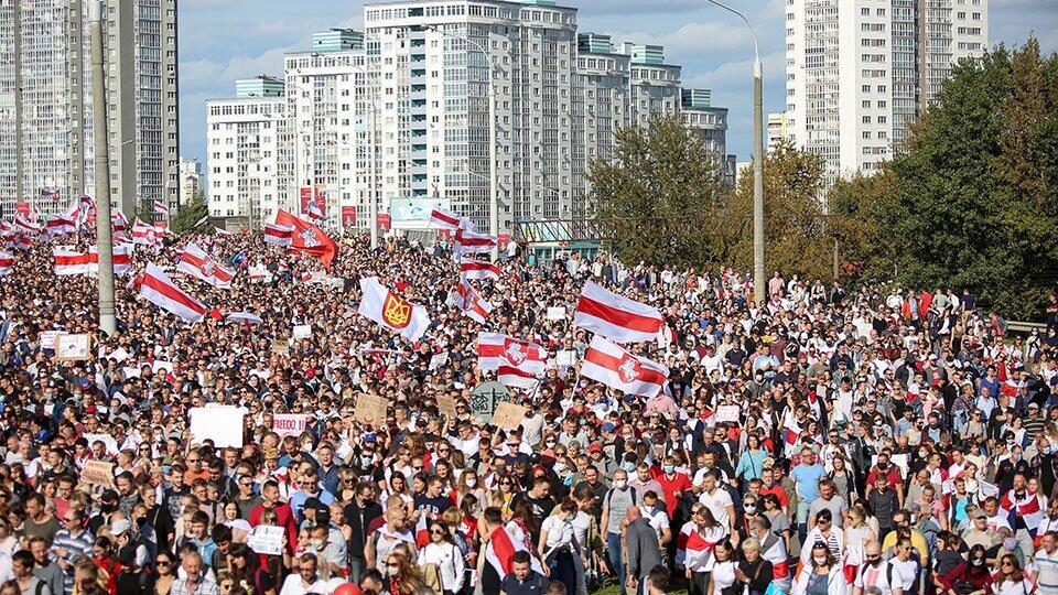Власти Минска оценили ущерб от протестов почти в 290 тыс. долларов