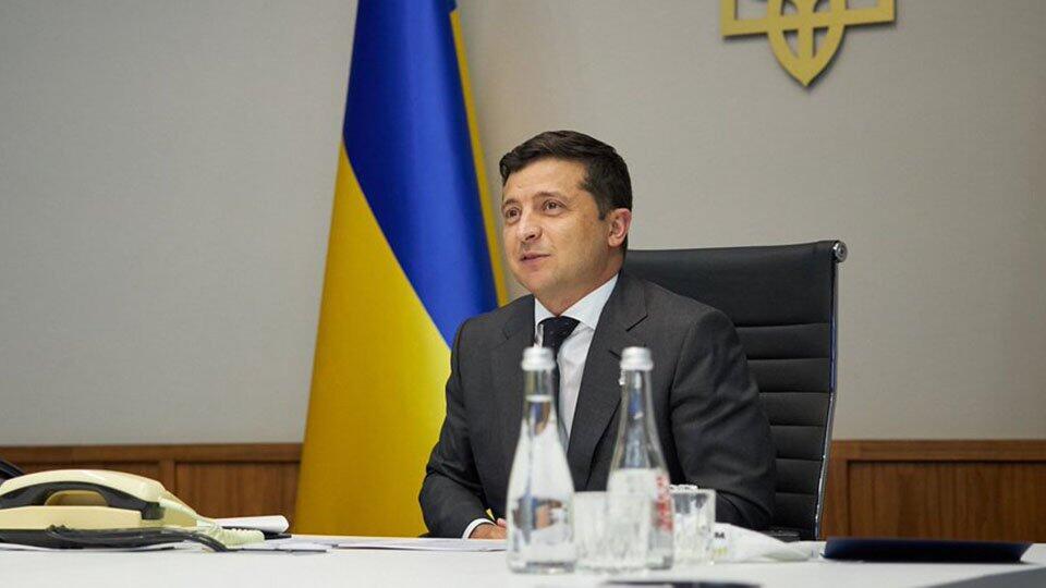 Зеленский ответил на просьбы не передавать Киево-Печерскую лавру ПЦУ