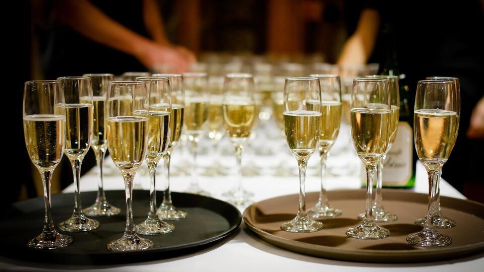 Пустой скандал закончился: в РФ оценили завершение спора о шампанском