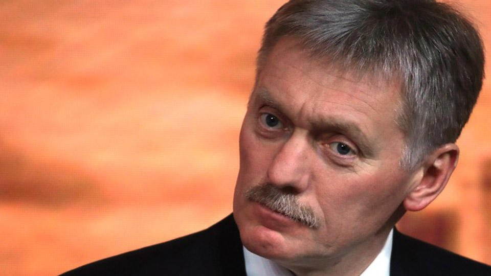 Песков назвал кибератаки предметом разговора Путина с Байденом