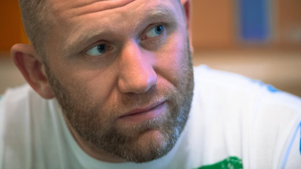 Адвокат рассказал о состоянии избитого бойца Харитонова