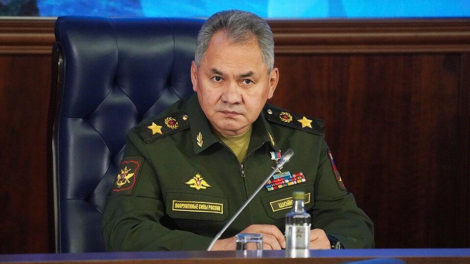 Шойгу заявил о возросшей активности авиаразведки НАТО у границ РФ