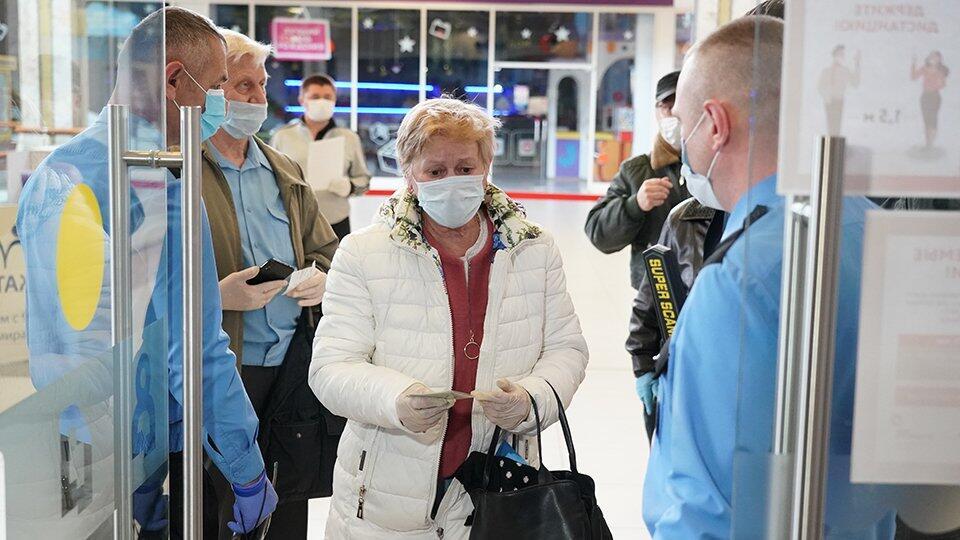 В Москве планируют скоро разрешить прогулки и открытие бытовых услуг