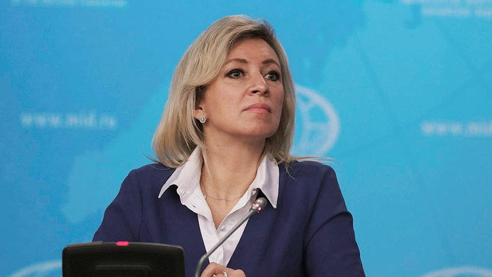 Захарова: Власти Чехии за 7 лет не разобрались со взрывами на складах
