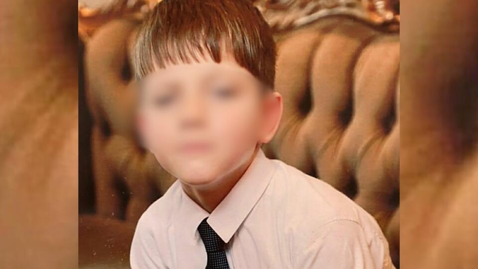 Отец не выдержит: сестра замурованного в бетон мальчика о его убийстве