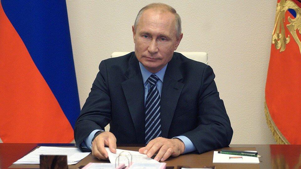Путин: Систему медпомощи в РФ нужно сделать более устойчивой и гибкой