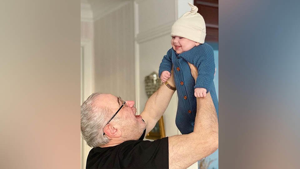 Петросян впервые показал маленького сына