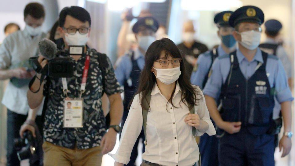 Адвокат по делам беженцев прибыла в аэропорт Токио к Тимановской