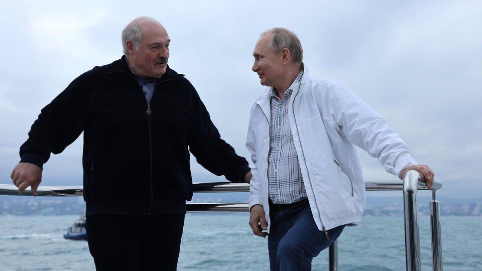 Песков: Тема о правах человека не была в повестке Путина и Лукашенко